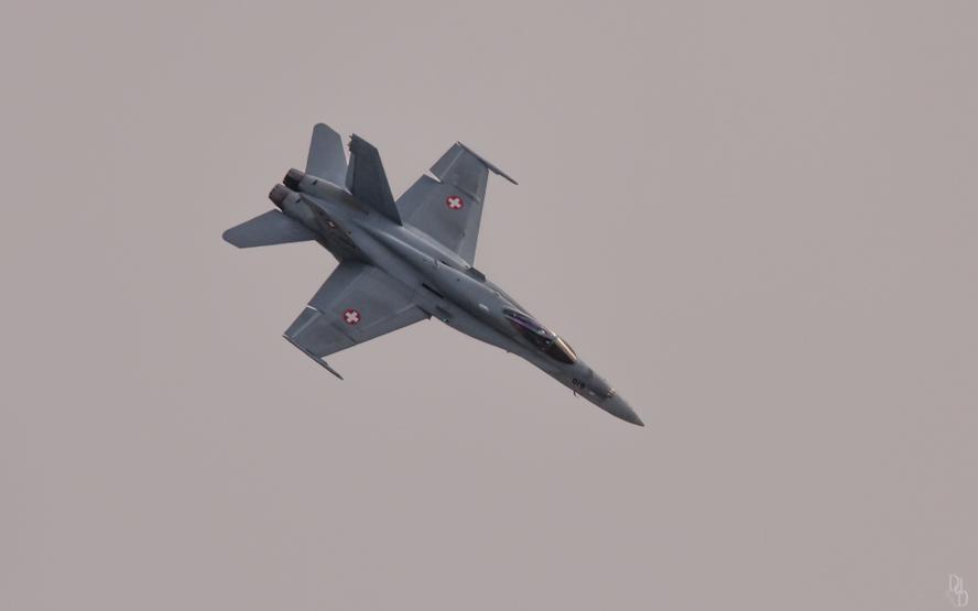 REMPLACEMENT DES F/A-18